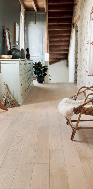 Authentic Saphir French Oak Diva 139 Wood Floor