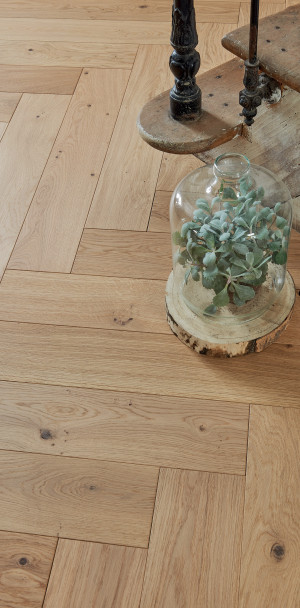 Authentic Bois flotté French Oak Bâton rompu 139 Wood Floor