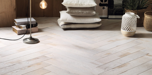 Zenitude Shabi Chaux French Oak Herringbone 139 Wood Flooring