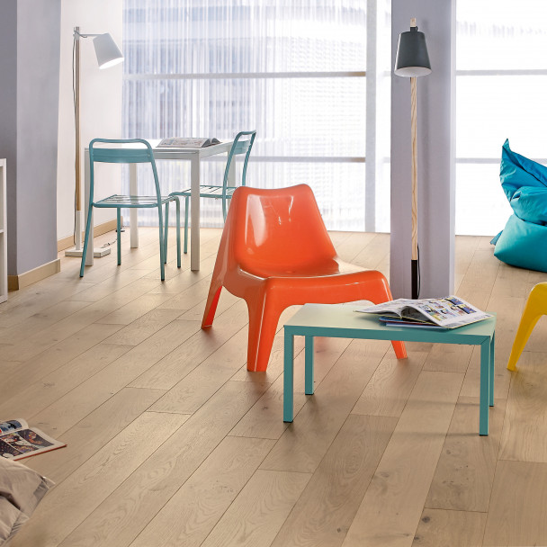 Authentic Bois flotté French Oak Diva 184 Wood Flooring
